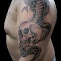 Tatuaje Calavera y Cobra