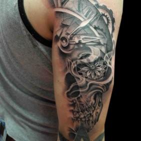 Tatuaje Calavera Reloj