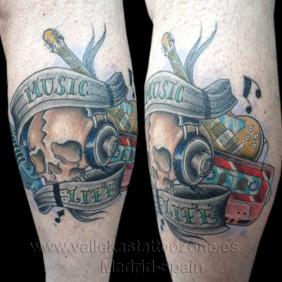 Tatuaje Calavera & Musica