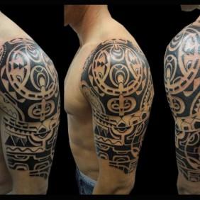 Tatuaje Maori Brazo