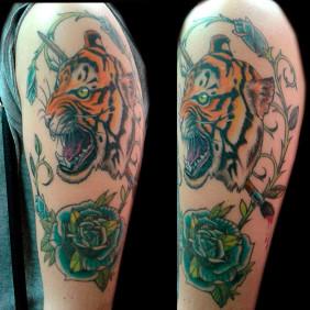 Tatuaje Tigre y Pincel