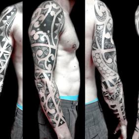 Tatuaje Brazo Tribal Maori