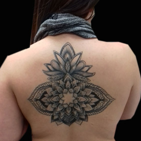 Tatuaje Mandala Espalda